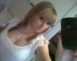 Emeline23, 22jaar